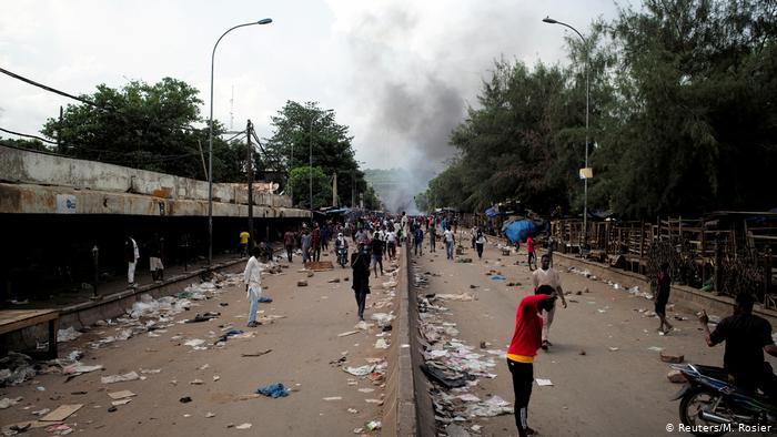 Mali protests turn violent