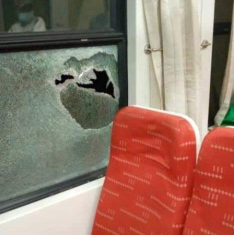 Photo of Abuja train attacked by hoodlums