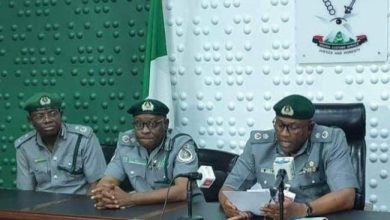 Photo of Hoodlums attack Customs office, kill one officer in Ogun