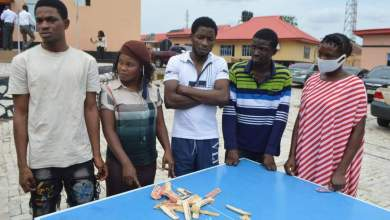 Photo of EFCC nabs two ladies for attempting to smuggle drugs to detainees