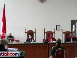 Dituntut Lima Bulan Penjara, Wabup Sijunjung Ajukan Pledoi