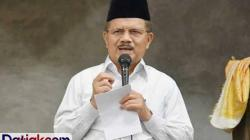 Bupati Padangpariaman, Ali Mukhni, dinyatakan positif Covid-19, Minggu (23/8). Dalam video pernyatannya, Ali Mukhni mengaku bersyukur diberi kesehatan oleh Allah SWT. (Foto: Datiak.com)