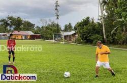 Memajukan Bidang Olahraga, Ali Mukhni Bermodal Cinta