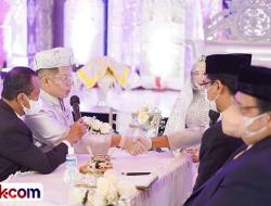 Anak Bupati Solsel Menikah, Saksinya 2 Menteri