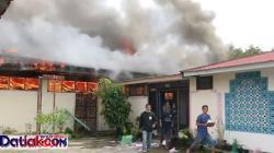 Gudang Dinas Pertanian Sumbar terbakar