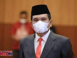 Helmi Dilantik jadi Kepala Kanwil Kemenag Sumatera Barat