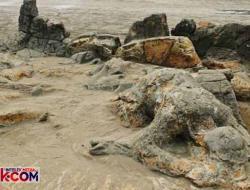 Pantai Aiemanih, Kehindahan Alam yang Dibalut Legenda Kejam
