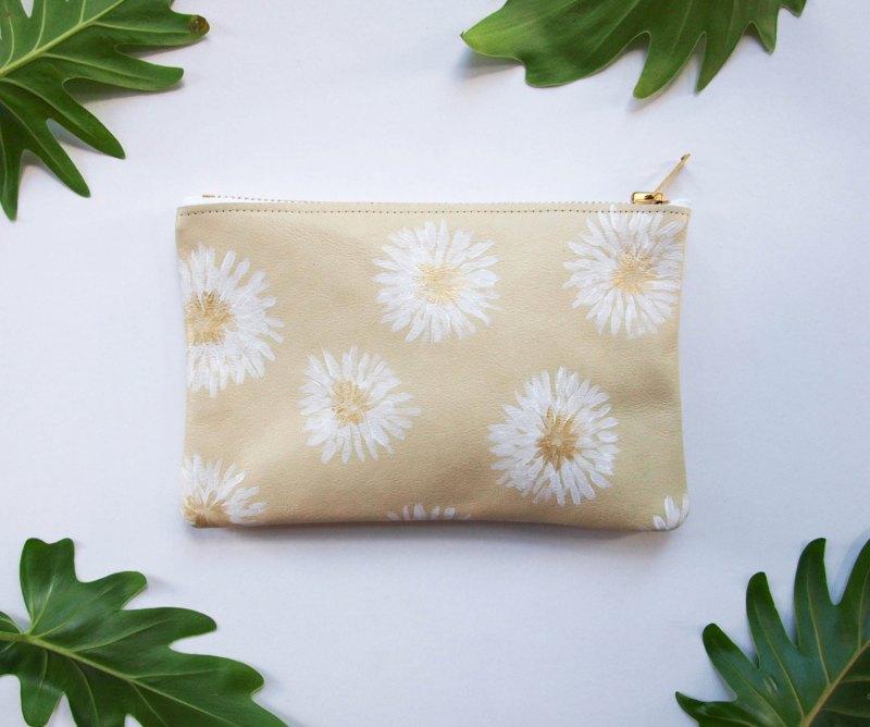 pouch, kertis, kertis goods, etsy shop, handmade goods, handmade bags, jessica kertis