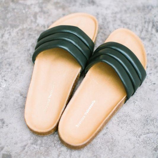Beatrice Valenzuela, Teal Sandalia, sandals