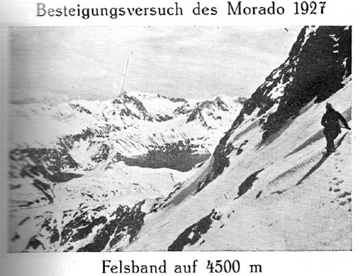 Besteigungsversuch des Morado 127 - Felsband auf 4500 m