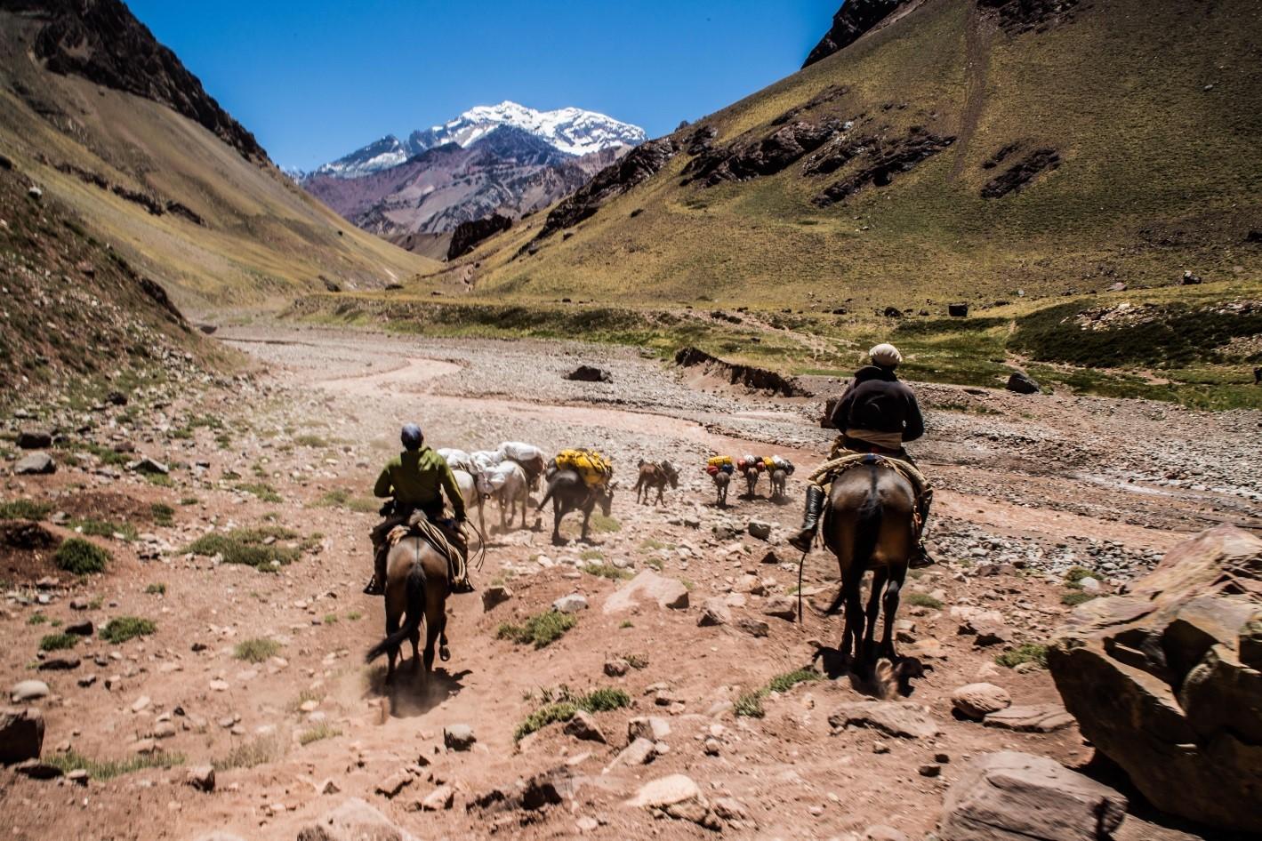 Convenio DAV – Lanko Alto Montañas (logística para el cerro Aconcagua)