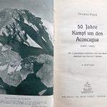 Vista desde la cumbre Sur a la cumbre Norte. La imagen fue tomada durante el primer ascenso el 7 de enero de 1947 y muestra, por primera vez desde este lado, la cumbre principal, la difícil arista cimera y el acarreo donde la pareja Link perdió la vida. Foto de Thomas Kopp