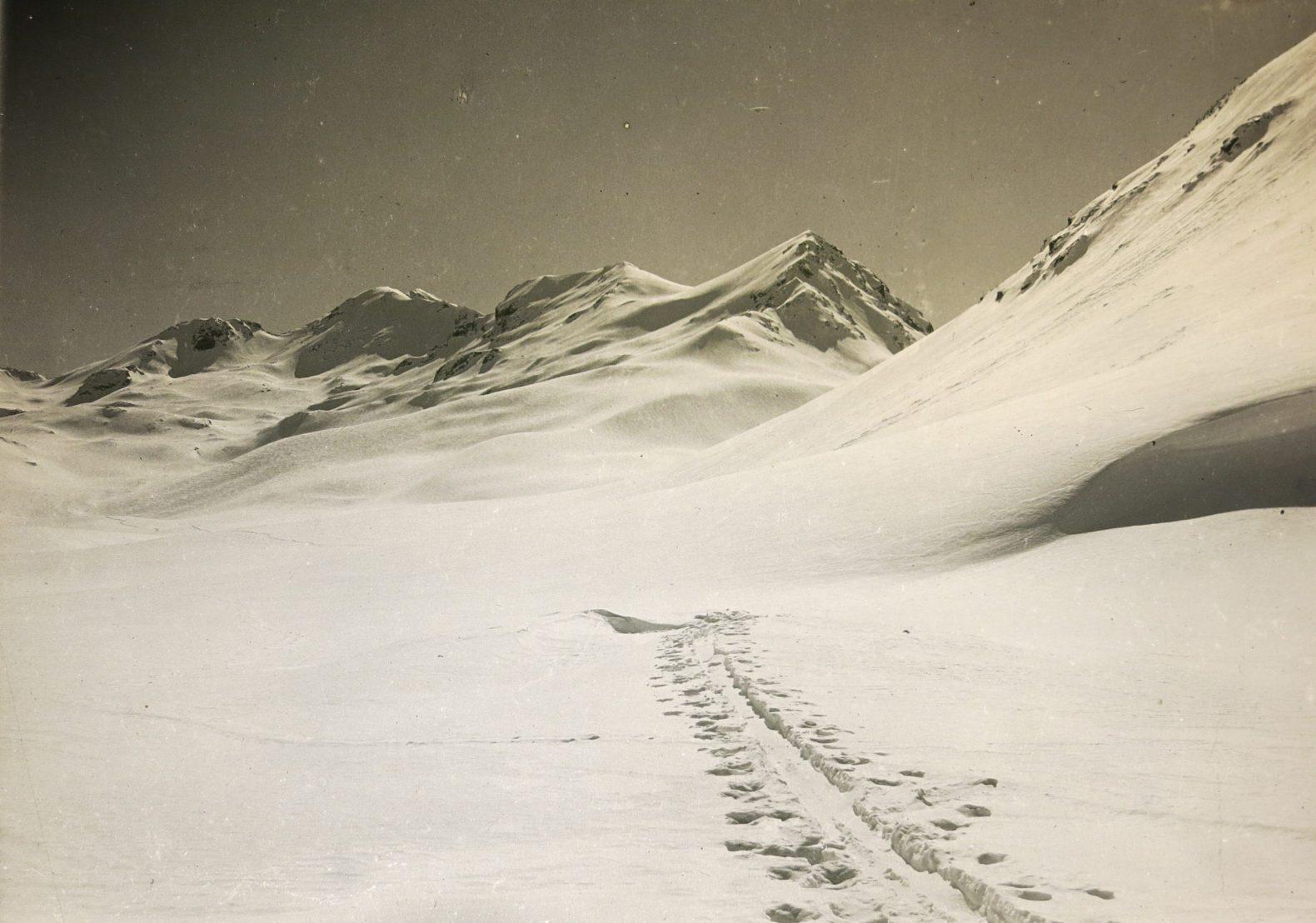 Esquiando en las vegas del San Lorenzo – 16 a 19 de Septiembre de 1928 – Por Albrecht Maass
