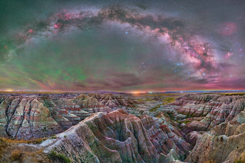 Pathway to the Milky Way through the Badlands