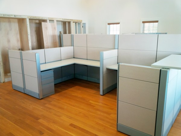 Office Furniture: Cubicles Office Furniture