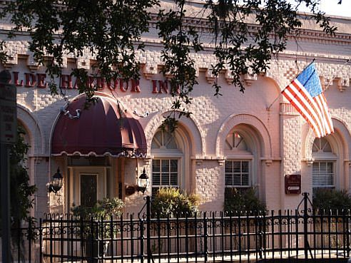 olde harbour inn savannah