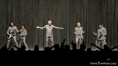 AUCKLAND, NEW ZEALAND - NOVEMBER 17: Bobby Wooten (bass guitar), David Byrne, Chris Giarmo (backing vocals) and Simi Stone (backing vocals), perform on stage as part of David Byrne's American Utopia World Tour at Spark Arena on November 17, 2018 in Auckland, New Zealand. (Photo by Dave Simpson/WireImage)