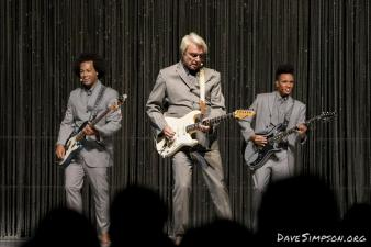 AUCKLAND, NEW ZEALAND - NOVEMBER 17: Bobby Wooten, David Byrne and Angie Swan performs on stage as part of his American Utopia World Tour at Spark Arena on November 17, 2018 in Auckland, New Zealand. (Photo by Dave Simpson/WireImage)