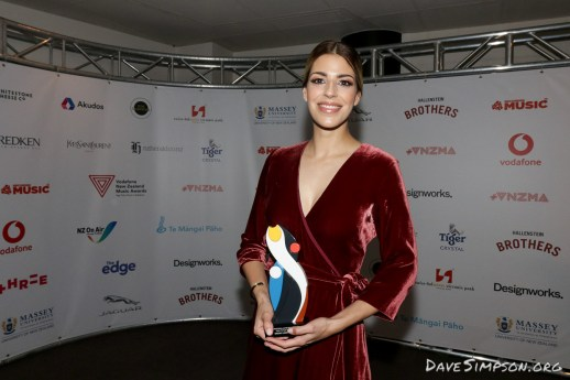 AUCKLAND, NEW ZEALAND - NOVEMBER 15: Brooke Fraser poses with her International Achievement Award at the 2018 Vodafone New Zealand Music Awards at Spark Arena on November 15, 2018 in Auckland, New Zealand. (Photo by Dave Simpson/WireImage)