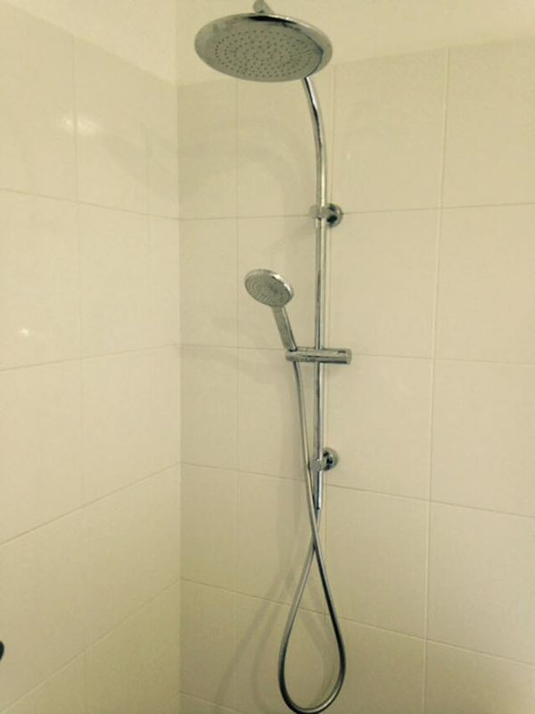 Dual Shower Rose, Mitcham. – Dave\'s Plumbing and Gas.
