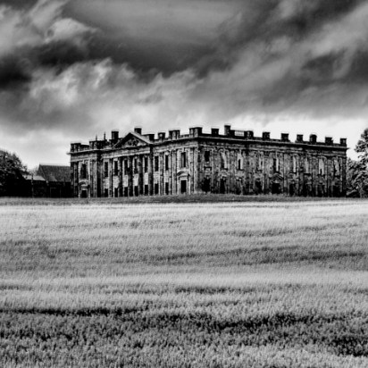 Sutton Hall B&W