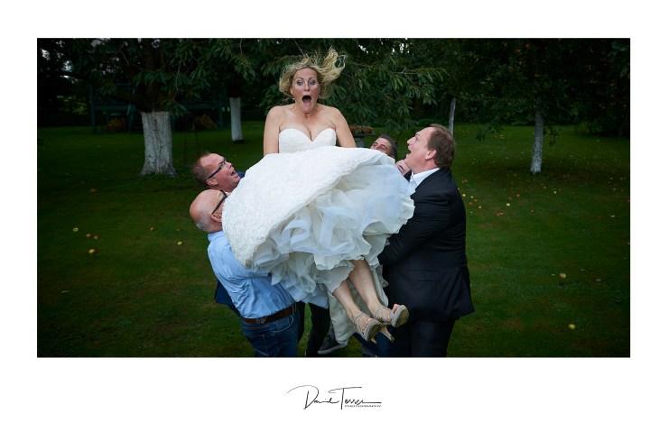 Bruidsfotograaf lesbisch trouwfeest