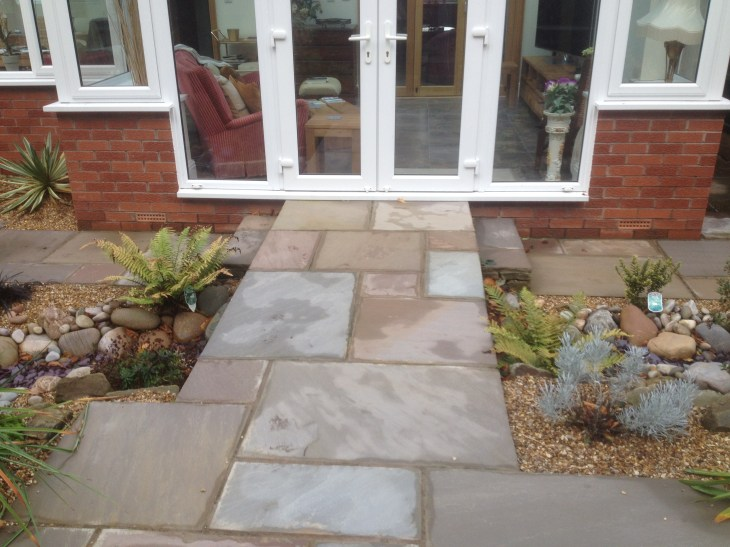 Paving in Indian Sandstone