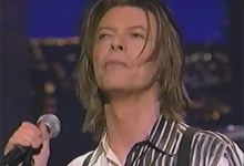David Bowie – The Pretty Things Are Going To Hell (Live, Letterman 1999)