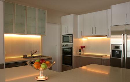 Kitchen Undercabinet Lighting