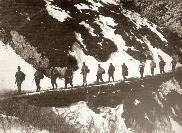 partigiani-in-marcia