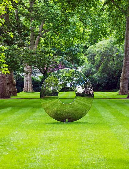 modern garden sculptures and statues