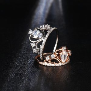 17KM Wedding Jewelry Finger Crystal Heart Crown Rings For Women New Lover Cubic Zirconia Ring Female Engagement Party Wholesale Image 3