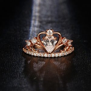 17KM Wedding Jewelry Finger Crystal Heart Crown Rings For Women New Lover Cubic Zirconia Ring Female Engagement Party Wholesale Image 4