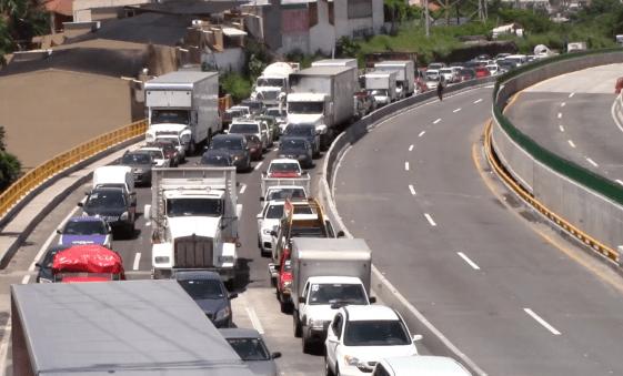 Autoriza SCT retiro de muros del Paso Exprés