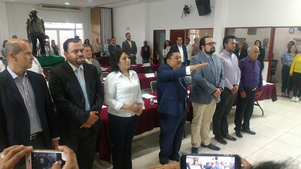 Nombran nuevo Fiscal General: Uriel Carmona
