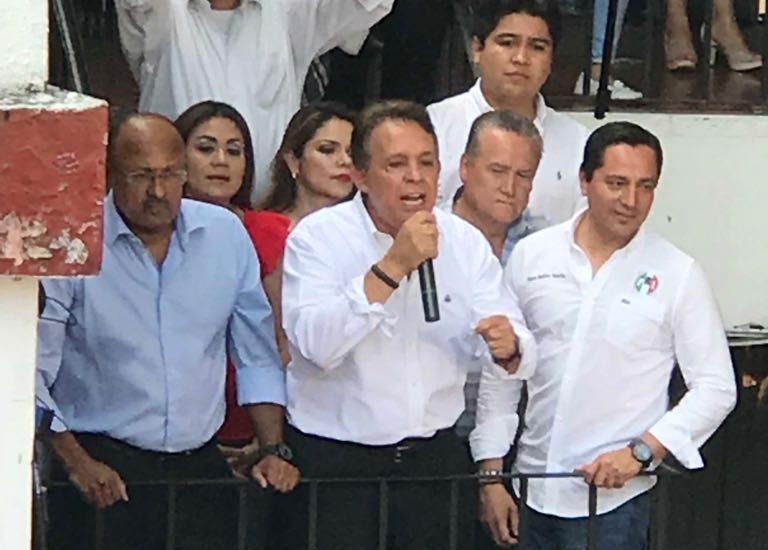 Exrector de la UAEM se registra como candidato al Gobierno de Morelos