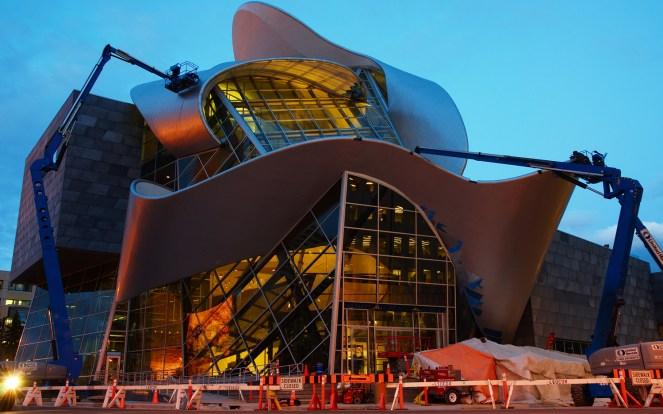 Alberta_Gallery_of_Art_under_construction