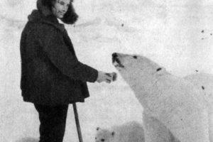 Nikolai e l'orso Masha
