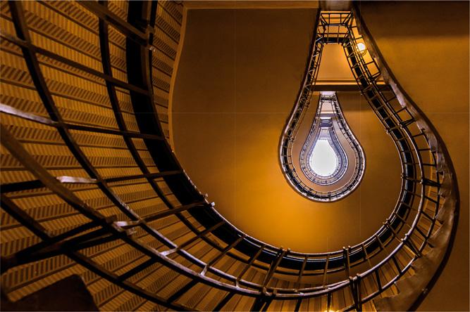Praha – Prague bulb [David Surý]
