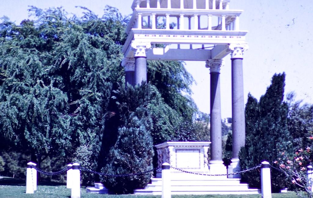 Forest Lawn – Santa Sabina Temple