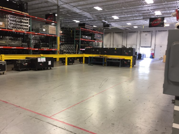 A largely empty prep bay