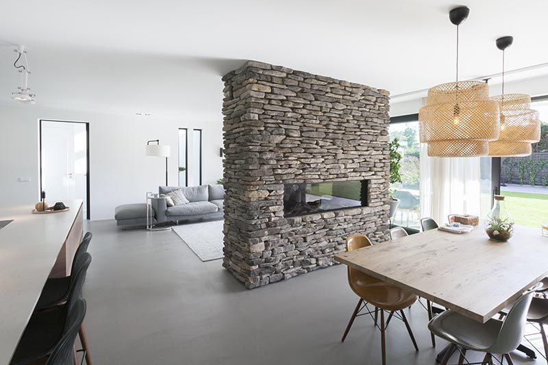 CONTEMPORIST: This Stone Partition Provides A Home For A Fireplace And Television - Contemporary Designers Furniture – Da Vinci Lifestyle