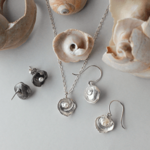 DaVine Jewelry, Sterling Silver Moon Shell and Freshwater Pearl Earrings and Pendant