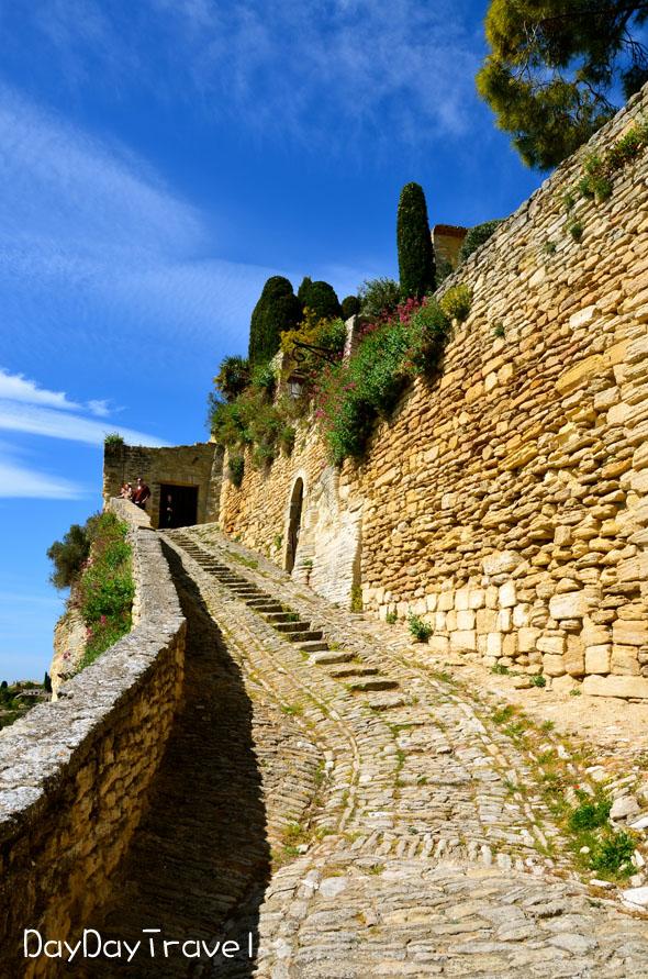 法國瑞士自由行Day 9 – Gordes石頭城,Roussillon紅土城 - DayDayTravel.hk