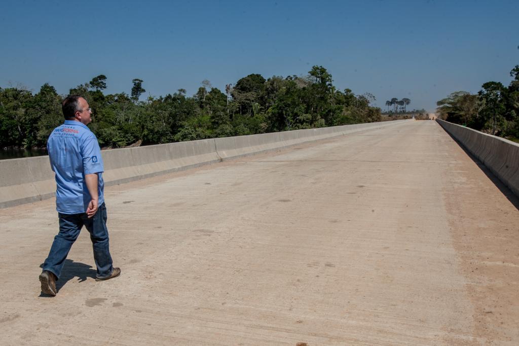 Taques inaugura a maior ponte de concreto de Mato Grosso