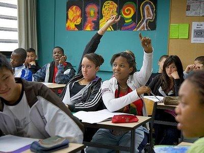 Fim da Novela  : Servidores da Educação devem retornar aulas na segunda-feira