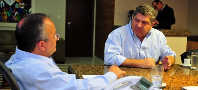 Governo e Assembléia Legislativa de Mato Grosso discutem alternativas para quitar débitos na saúde.