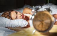 Demorar para dormir à noite e ter sono de dia pode ser sinal de doença grave