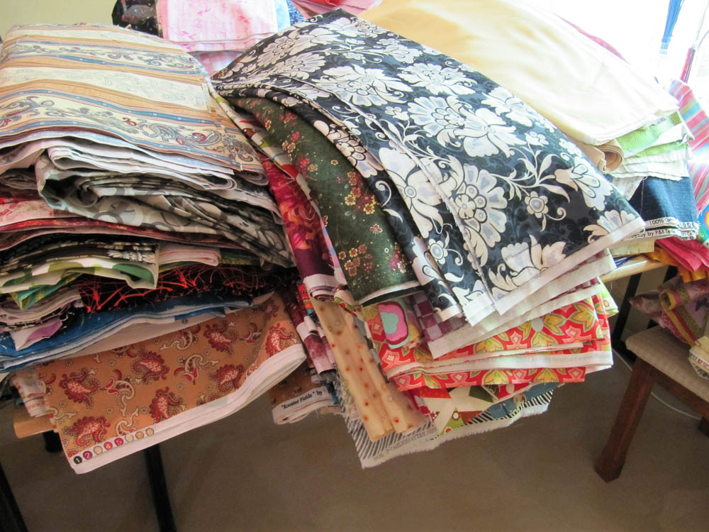 800 meters of quilting fabric!