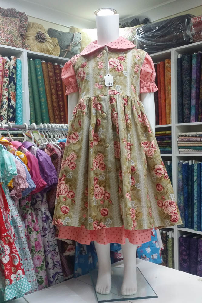 Dressmaking - gorgeous little girl's dress